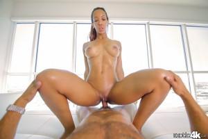 Exotic 4k Sophia Fiore in Cock Squats