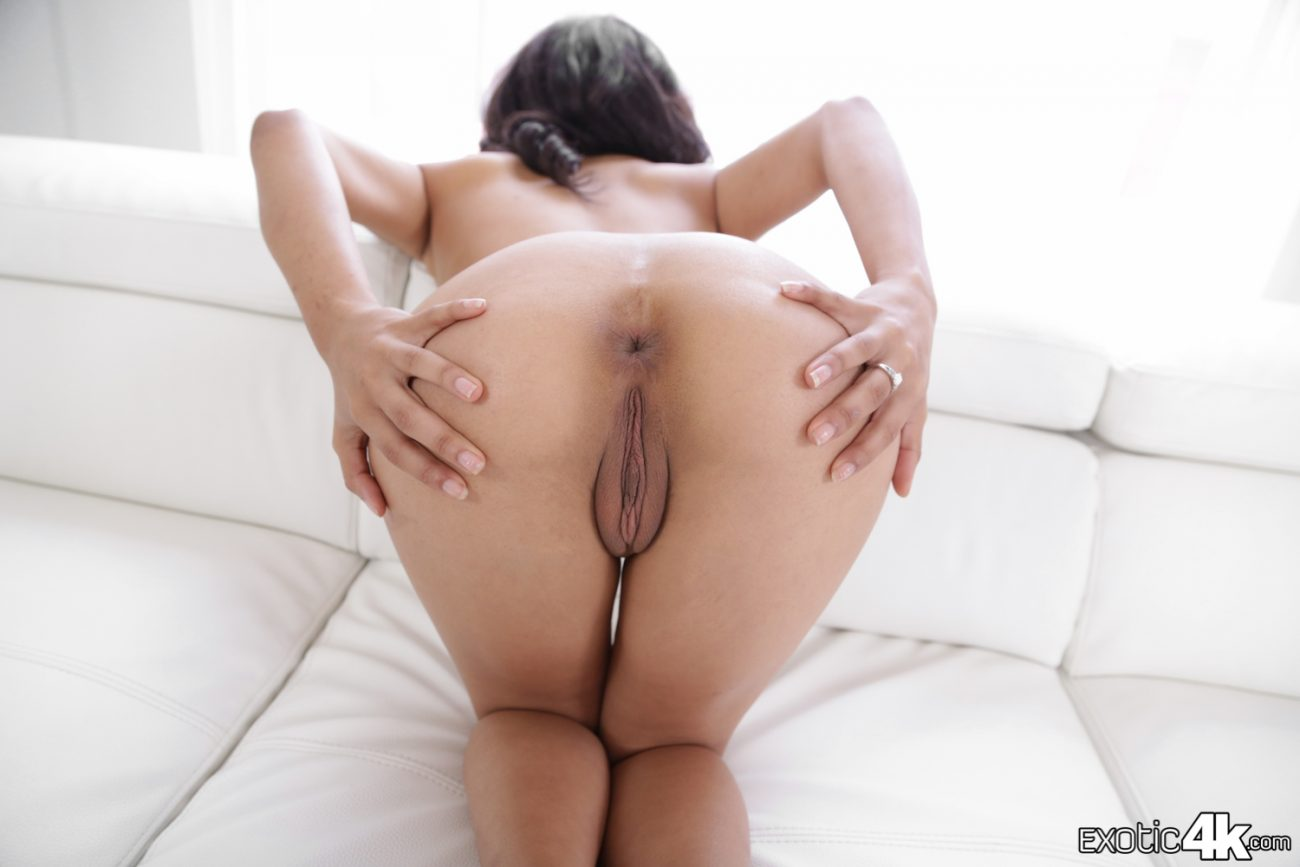 Nude Ass Tube 21